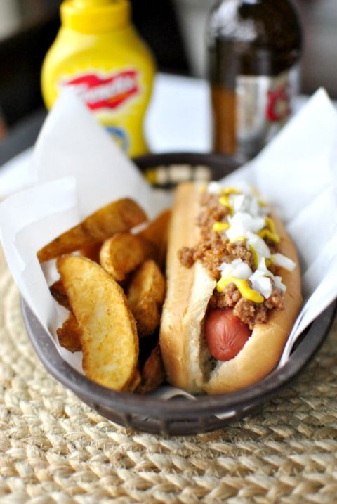 Detroit Coney Dog ~ Detroit Coney's: are simply a hot dog {natural casing} topped with chili, mustard and onions. But truthfully it's all in the chili!