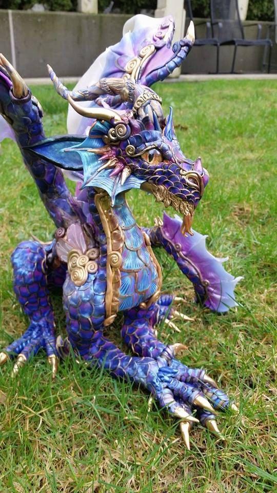 Huge Sculpture Baron Manderelon Dragon van MakoslaCreations op Etsy