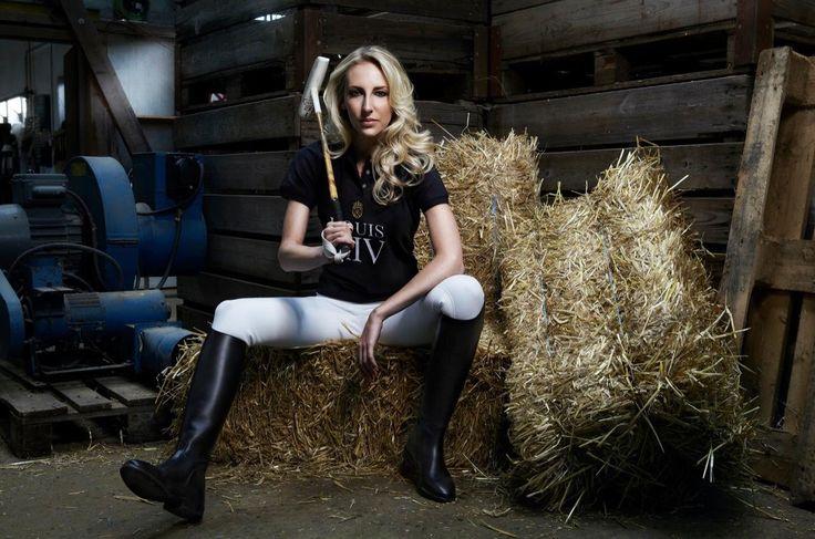 #beauty #bolzerntwins #photography #fotografie #fashion #model #switzerland #drink #energy #editorial
