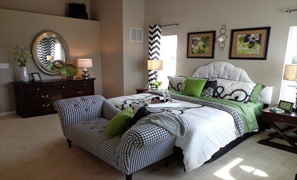 Pops of green accent this bedroom from Lennar Maryland