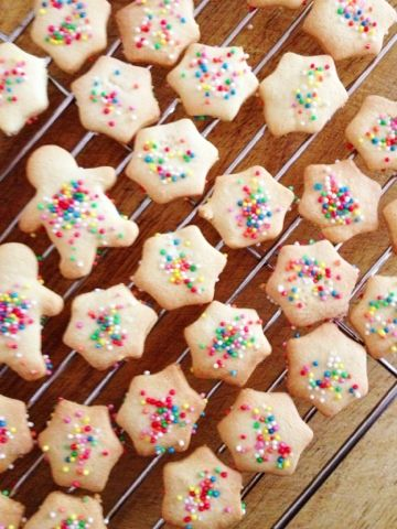 Vanilla Snap Cookies - Cooking for Busy Mums