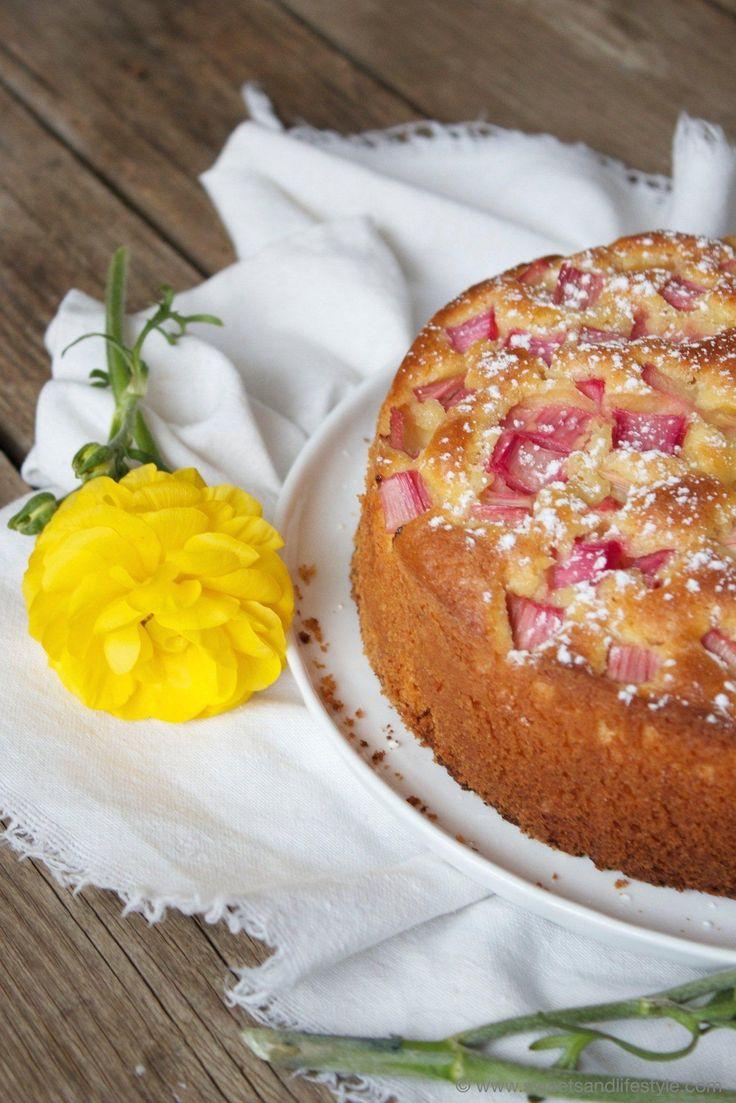 Schneller Rührkuchen mit Rhabarber von Sweets and Lifestyle