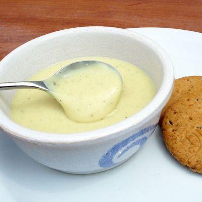 Crème vanille au lait de noisette sans lait, sans gluten, sans oeufs : 30 desserts express hivernaux - Journal des Femmes