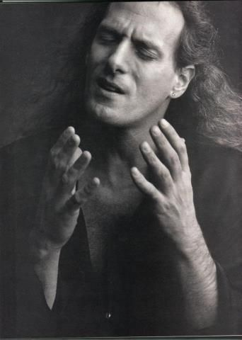 Beautiful picture of Michael Bolton with his long hair