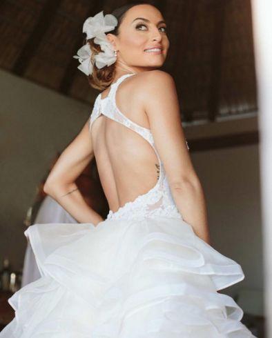 Marimar Vega's wedding dress is gorgeous xoxo
