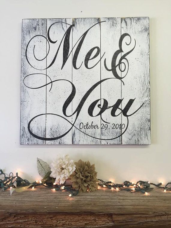 This is a wood pallet sign that measures either 16 x 16 or 24 x 24. The background is painted White. Wording is Black. I will handpaint, sand