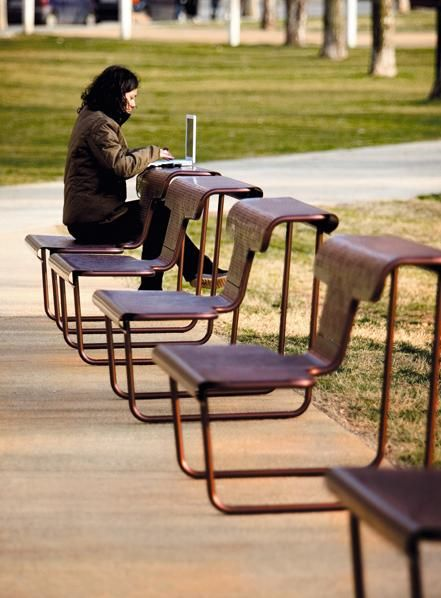 el poeta bench - public seating - Producto BD Barcelona Design #placemaking #publicseating