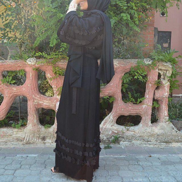 Black✨✨✨ #EsteeAudra #abaya