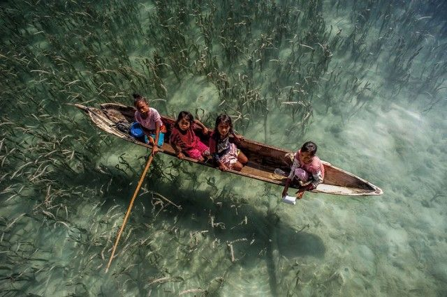 Living on Water in Malaysia by Ng Choo Kia