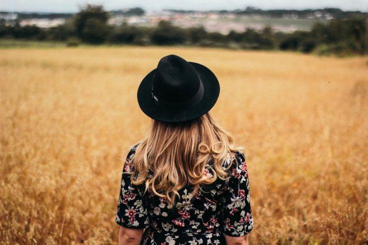 Vuoi capire come scoprire e conoscere delle tecniche per poter avere sicurezza in te? Sei anche tu una donna che vuole ritornare a scoprire la propria identità? Nell'altro articolo ti ho parlato di Femminilità come un aspetto non rilegato al solo mondo della sensualità come tanti vogliono farci pensare, ma ad un significato molto più …