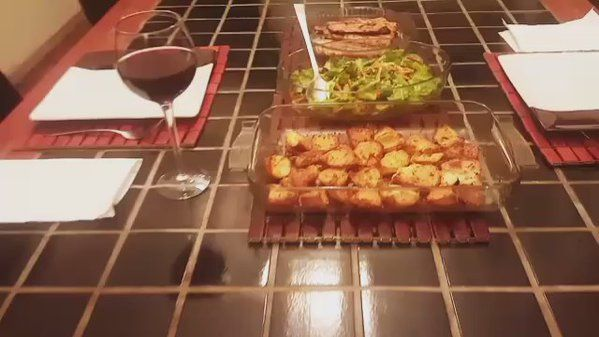 """Liz Ogumbo-Regisford on Twitter: """"it's going down #lizkitchen; roasted thyme & basil potatoes, pan-fried sole fish, #excelsior Cabernet Sauvignon 2013 https://t.co/1PJxPLgyUi"""""""