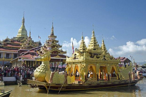 Mianmar: Festival budista no lago Inle revela tradições ancestrais - http://epoca.globo.com/colunas-e-blogs/viajologia/noticia/2013/11/mianmar-bfestival-budista-no-lago-inle-brevela-tradicoes-ancestrais.html (Foto: Haroldo Castro/ÉPOCA)