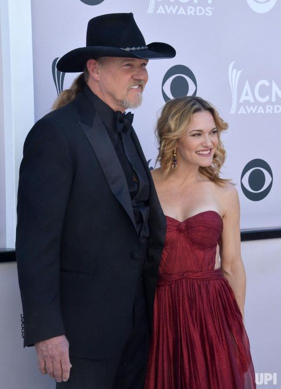 Singer Trace Adkins (L) and Victoria Pratt attend the 52nd annual Academy of Country Music Awards held at T-Mobile Arena in Las Vegas, Nevada on April 2, 2017. The show will be telecast live on CBS. Photo by Jim Ruymen/UPI