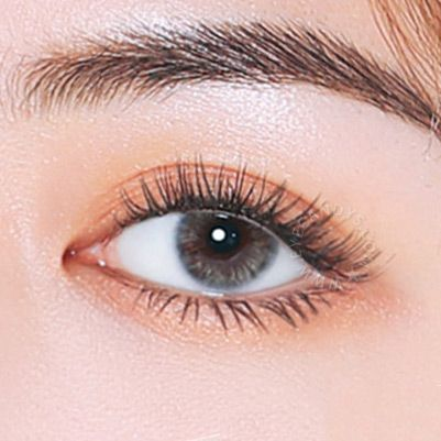 Hey, good lookin'! Feel as good as you'll look with these Jennybee Aurora Silicone Hydrogel lenses.   Ultra comfort + alluring design = a match made in colored contacts heaven!