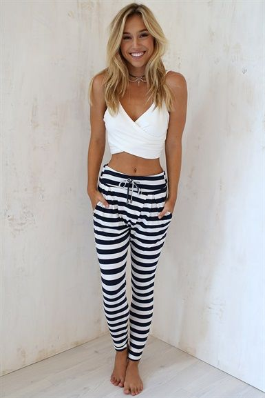 Casual look | High waist striped pants with white crop top