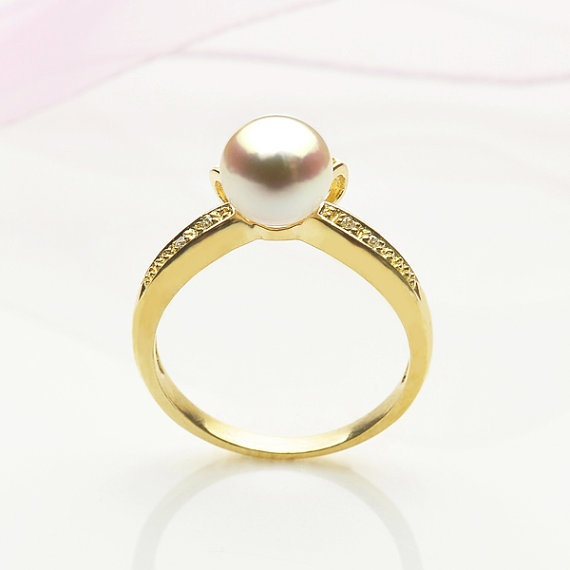 Handmade Unique Akoya Pearl Ring in 18k Yellow Gold by ShecyPearls, $424.00