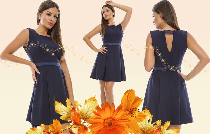 Astăzi, în stocul magazinului Adrom Collection a sosit un nou model de rochie din otoman, pe o croială cloș. Aceasta se poate achiziționa online în regim en-gros accesând link-ul de mai jos: http://www.adromcollection.ro/257-rochie-angro-r517.html