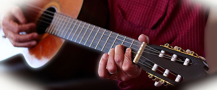how to play eb on guitar with capo