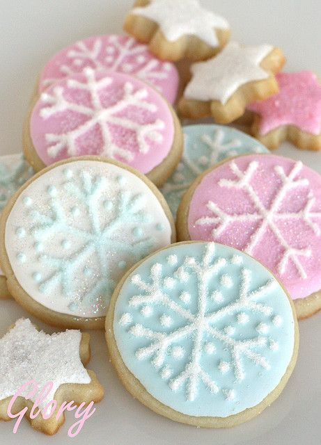 Beautiful Pastel Snowflake Cookies  http://www.glorioustreats.com/2010/03/baileys-snowflake-ballerina-party.html