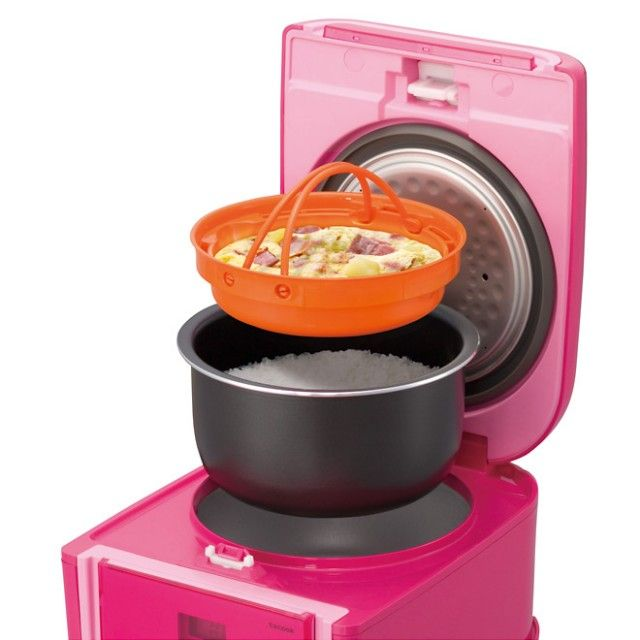 Giveaway: Tiger JAJ-A55U Rice Cooker ~ http://steamykitchen.com