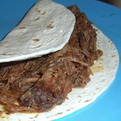Shredded Tri-Tip for Tacos in the Slow Cooker  - use 1 can of tomatoes and 1/2 of the wine...yummy but too much wasted juice