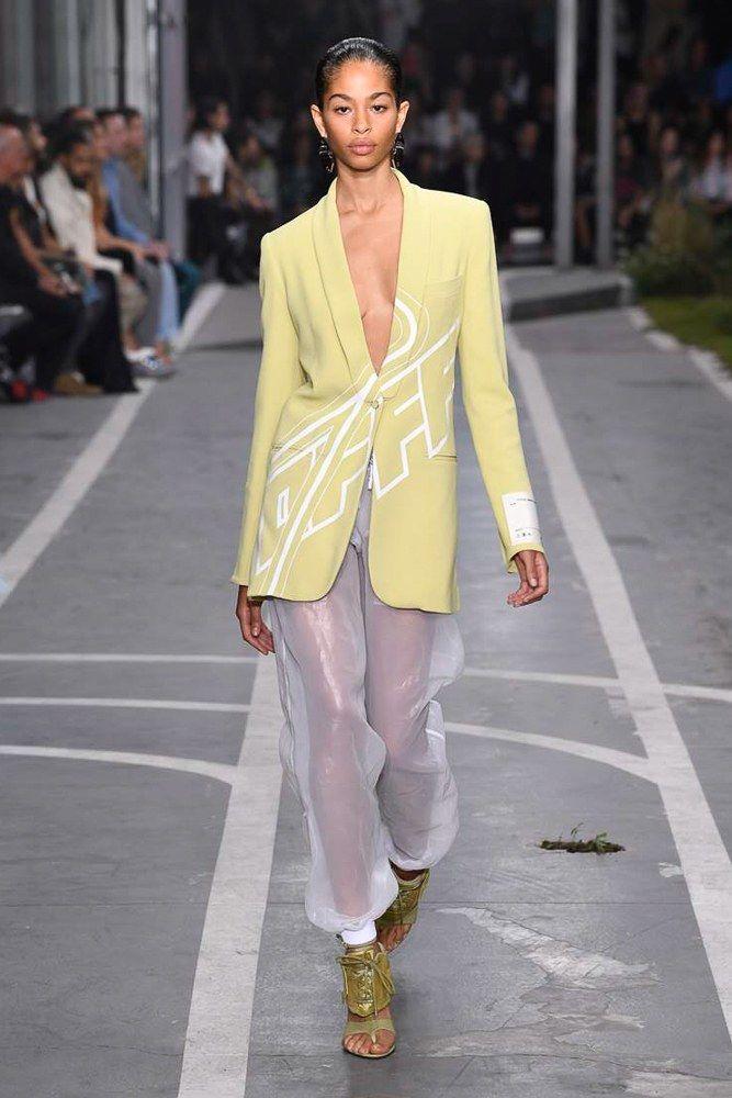 Off White Spring 2019 Ready to Wear Fashion Show | Fashion