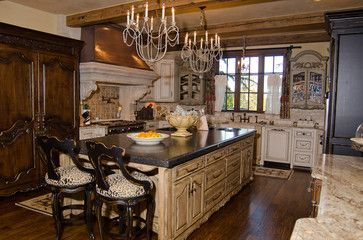 Traditional English Kitchen Design