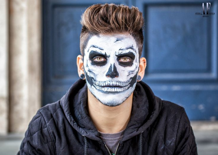 Skull MakeUp for Halloween! Il trucco in stile teschio per la tua serata Halloween in stile Gioventù Bruciata!