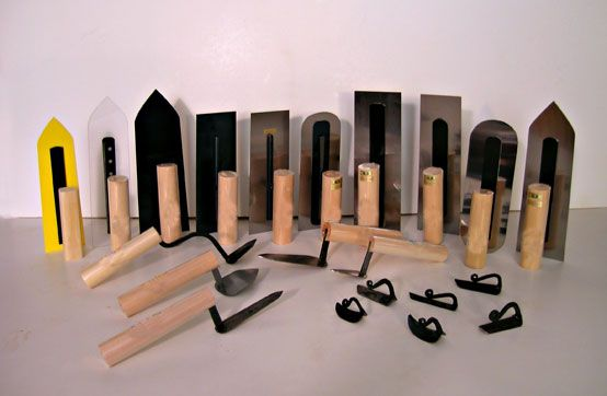 Japanese trowels are some of the most prized for natural plaster work. Read about these plaster tools and find sources to purchase them.