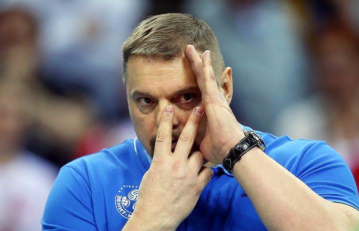 «Ничего, кроме доллара, в их глазах я не увидел». Мотивация от тренера, совершившего чудо - Заводной апельсин - Блоги - Sports.ru