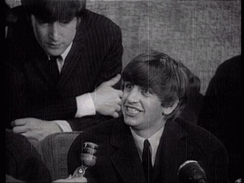 ♡♥John with Ringo - click GIF♥♡