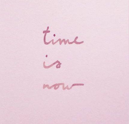 Χρόνε τρέχα και πίεζε όσο θες. Είμαι φτιαγμένη για μαραθώνιους. | Notebook