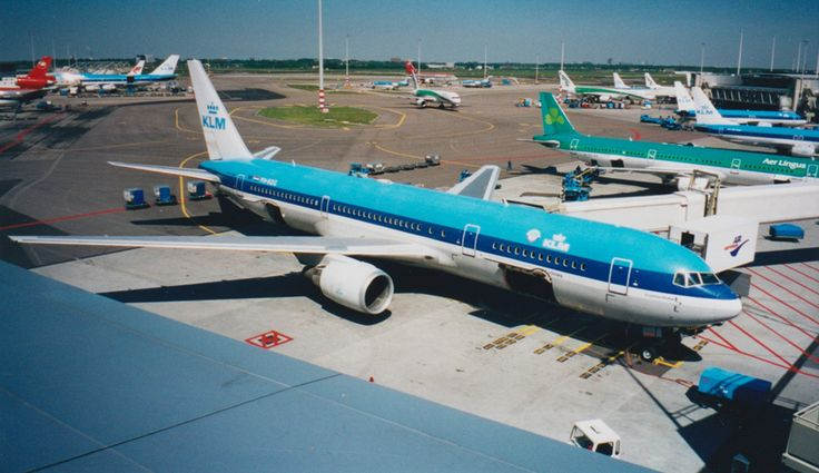 KLM Boeing 767-300ER at Schiphol in 2001. (Credits: Author)
