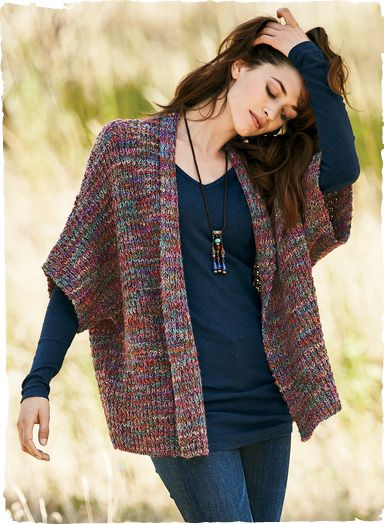 A lofty knit in hand-painted jewel tones, our sumptuous alpaca (90%) and wool (10%) kimono has drop shoulders, elbow sleeves and an open placket.