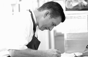 Gary Jones - - British Chef  -- AMAZING!!!  BlingBlinky.com MUST DINE in ENGLAND!