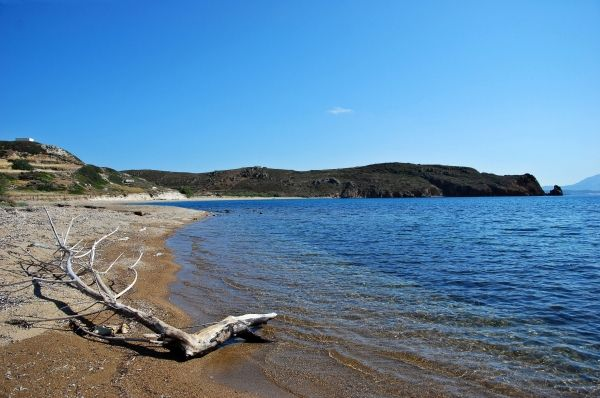 Alone at Ellinika beach, Kimolos