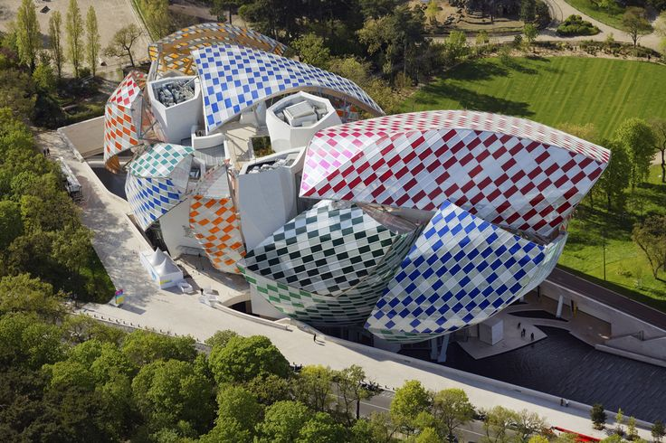 Quand Daniel Buren rhabille la Fondation Louis Vuitton | Vogue