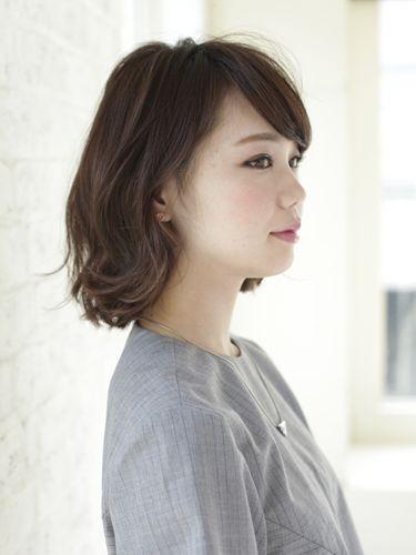 ダークカラーボブ:ミディアム Short Hair Haircuts And Hair Style