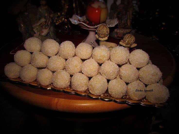 Esatto...queste sembrano proprio delle palline di neve...solo che queste sono dolci e se magnano!! :P E' una ricetta che non facevo davvero da parecchio tempo, ma ogni volta che le faccio, succede ...