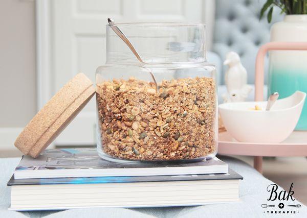 Gezonde-ontbijt-granola-recept • van Mariska