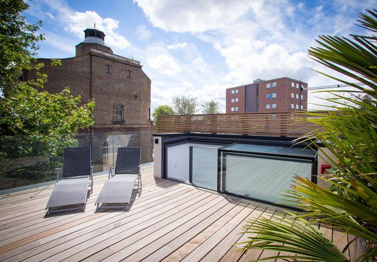 Three-wall-box rooflight - Glass box for access! Architect: Tasou Associates ; Photographer Matthew Weinreb