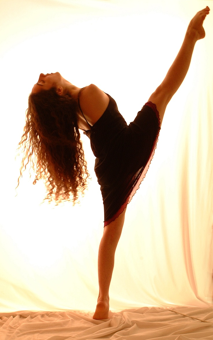 the italian classical dancer Simona Atzori, was born with no arms. she's a graceful and fantastic person. we only decide where our limit is. source: http://cantierepoesia.wordpress.com/2010/04/03/senza-braccia/