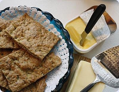 Myke brød med frø (lavkarbo polarbrød):