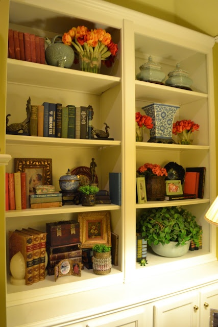 Best 25+ Decorate bookshelves ideas on Pinterest | Book shelf ...