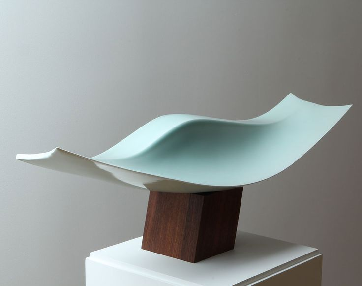 """Yesterday we offered Kyoto as a destination for art, but the arts and culture of Japan's ancient capital are alive and well in New York as well. In an unprecedented collaboration with the Brooklyn Museum, """"Points of Departure"""" is currently on view at the Japan Society Gallery. The exhibiti"""