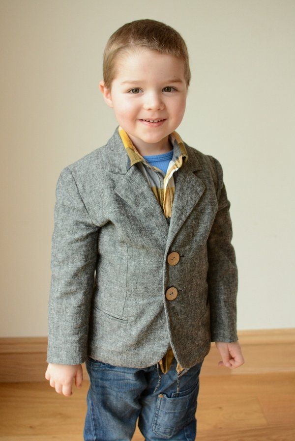 Boys Sports Jacket and Trousers. Burda Sewing Pattern No. 9671. Age 3 to 10 years.
