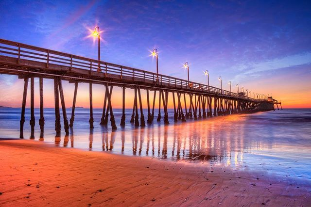 Imperial Beach Pier is one of my faves when shooting in #CA. The structure of it, and the way light plays through it just calls to me every damn time. This one is being released in my #Miami #Gallery in September but thought we'd tease it to you guys today. Sunset four years ago in lovely #California! #imperialbeachpier #travelcalifornia #californiabeaches #nakedplanet  @earthofficial#earthofficial  #imperialbeach #sandiego #california #pier #piershots #beaches #teamcanon #artofvisuals…