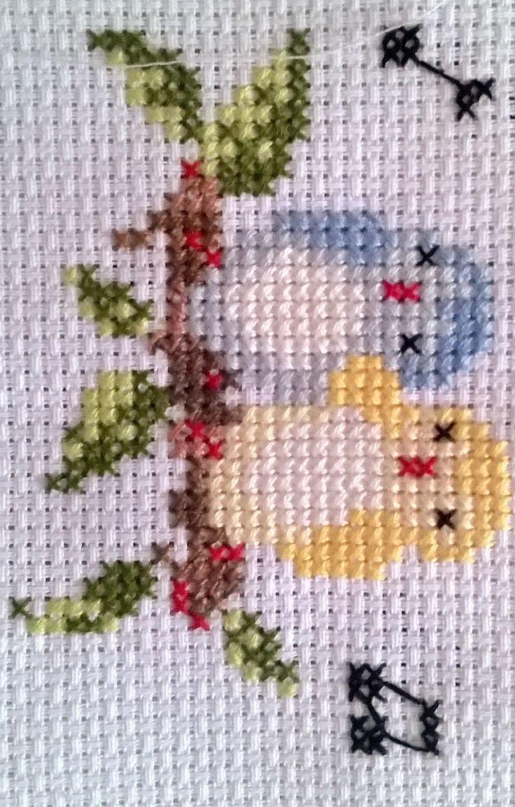 """Unos hermosos pajaritos para cualquier prenda [   """"sweet little birds"""" ] #<br/> # #Crossstitch,<br/> # #Sweet,<br/> # #Little #Birds,<br/> # #Cross #Stitch,<br/> # #Cross #Stitch,<br/> # #Embroidery<br/>"""