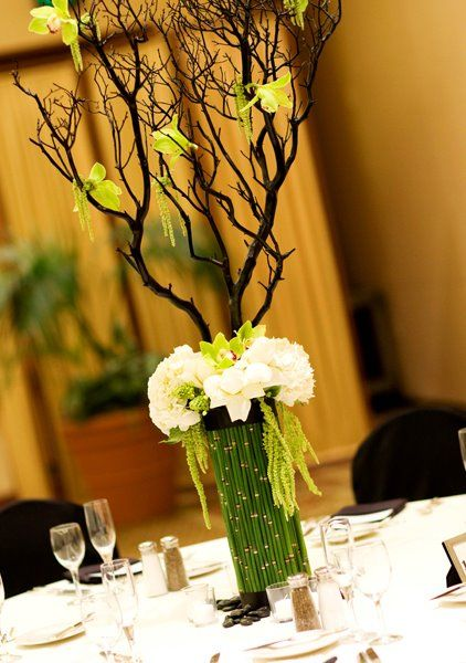 13 best wedding flowers images on pinterest wedding bouquets diy green wedding centerpieces google search junglespirit Images