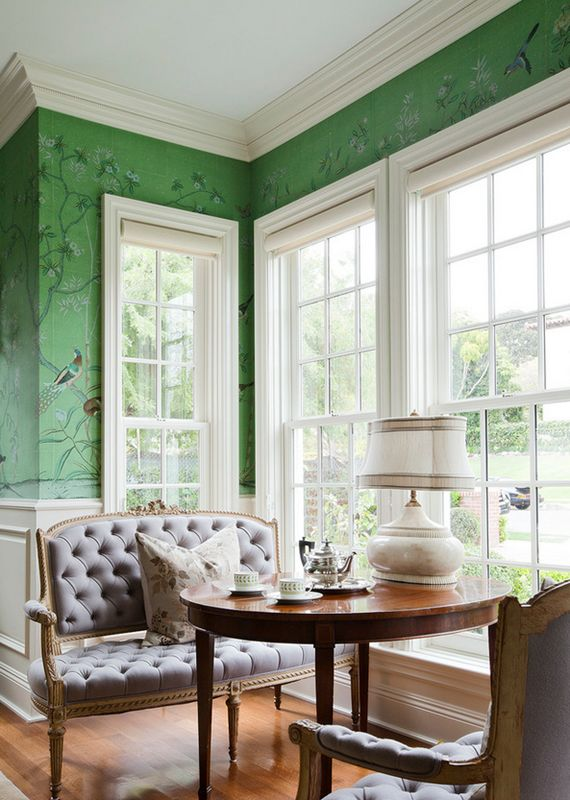 green chinoiserie wallpaper // de gournay // simplified bee